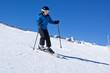 Jeune garçon skiant (10-11 ans)