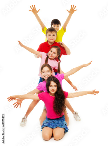 Group of kids waving hands