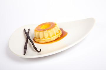 Caramel Pudding with Vanilla