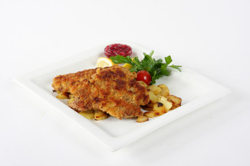 Viennese Schnitzel with potato and cranberries