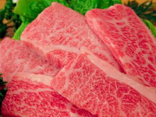 和牛:焼き肉用の霜降り和牛肉(神戸ビーフ)