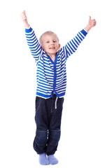 Kind mit Daumen nach oben