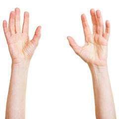 Nach oben gestreckte Hände