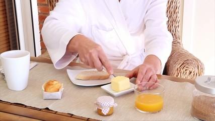 Desayunando Mantequilla