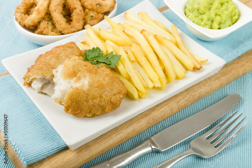 Fish & Chips - Battered cod fillet, chips, mushy peas & calamari