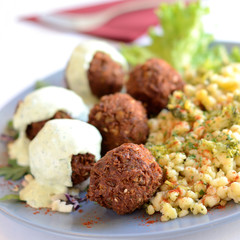 Meatballs with white sauce