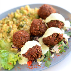 Meatballs and white sauce