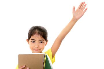 挙手をする女の子