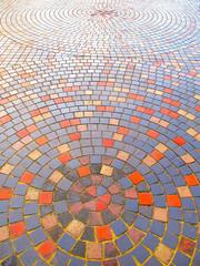 モザイク模様の石畳