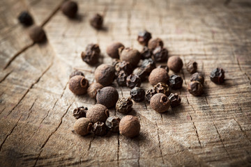 Organic fragrant black pepper. allspice
