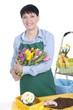 Glückliche ältere Floristin mit Tulpenstrauss