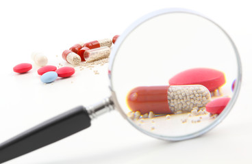 Medikamente unter die Lupe nehmen