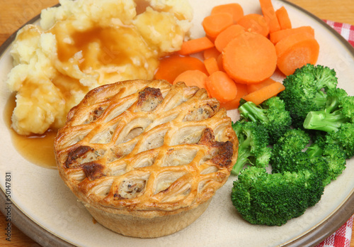 Chicken Pie with Mash & Vegetables