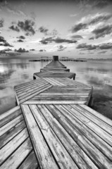 Zig Zag dock in black and white © Jeronimo Contreras