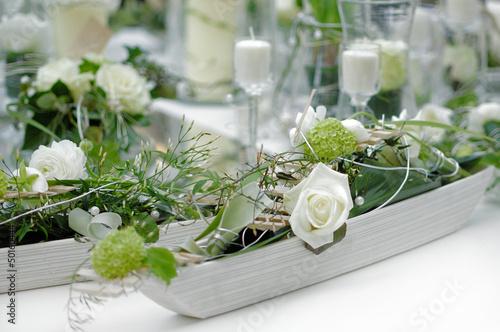 canvas print picture Blumendekorationauf dem Tisch