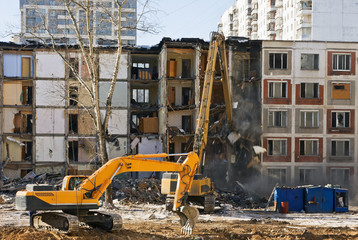 demolition of dilapidated and old apartment building in Moscow