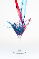 Mixing drinks with a splash