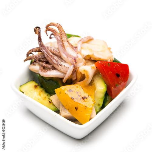 Meeresfrüchtesalat mit Tintenfisch