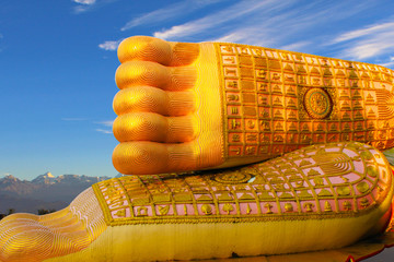 108 auspicious things on the feet of the  Buddha statue