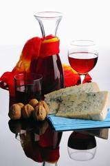 Gorgonzola ,noci e vino rosso