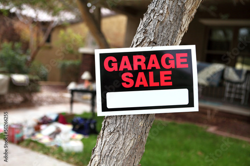 Leinwanddruck Bild Garage Sale