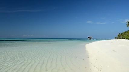 Tropischer Traumstrand auf den Malediven