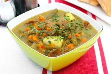 bavarian stew mit meat and vegetables - Pichelsteiner