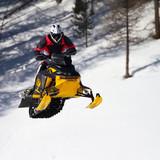Fototapety salto con motoslitta