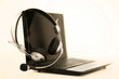 Laptop mit Headset