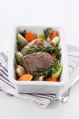 Rinderbraten mit Gemüse
