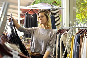 boutique shopper