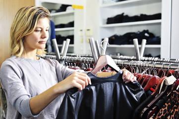 boutique shopper with jacket