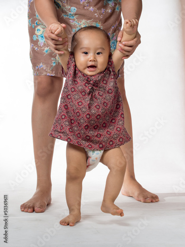 baby walking assisted