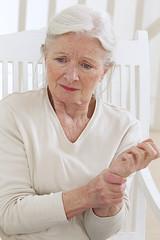 Douleur du poignet - 3em âge