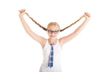 Школьница в очках с длинными косами