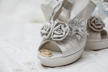 bridal shoes and accessories