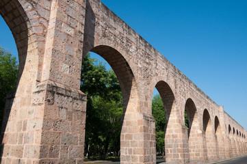 Antiguo acueducto de Morelia, Michoacán (México)