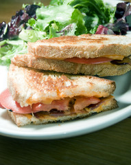 grilled cheese sandwich bacon tomato vinaigrette salad