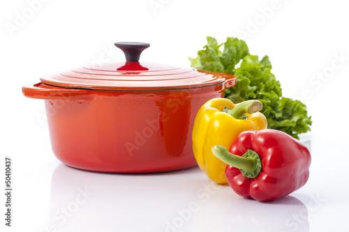 鍋とパプリカとレタス