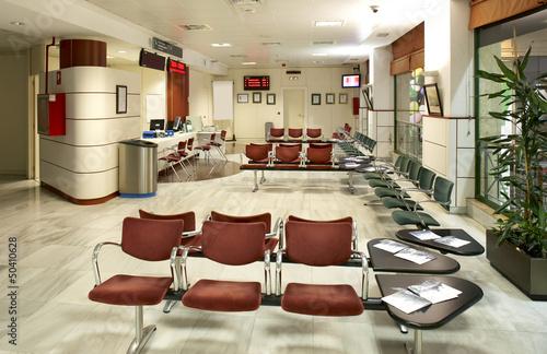 Waiting room at railway station - 50410628