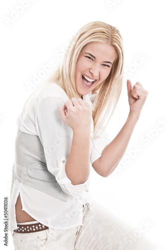 Selbstsicheres junges Mädchen mit blonden Haaren