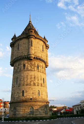 Gotycka wieża w centrum Drobeta Turnu Severin, Rumunia