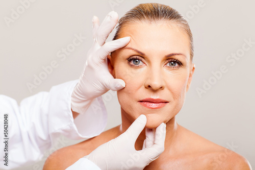 skin check before plastic surgery - 50428048