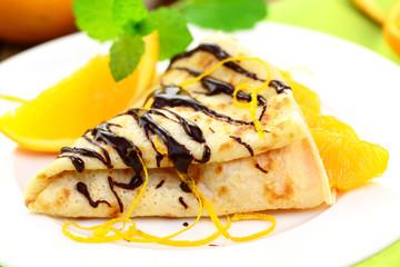 Pfannkuchen mit Orangen