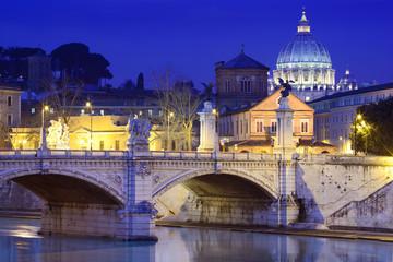 Tiber River, Vittorio Emanuele II Bridge, Rome