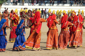 Indian girls dancing at Pushkar camel fair