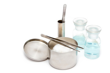 A set of dressing often used supplies in a medical for cleaning