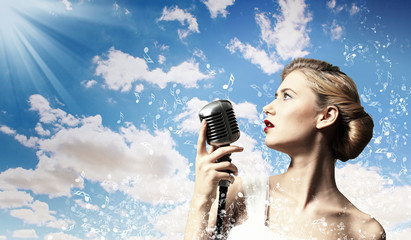 Female blonde singer