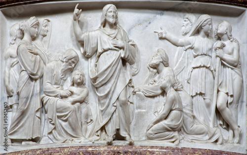 Bergamo - Relief of Jesus by predication - San Alessandro © Renáta Sedmáková