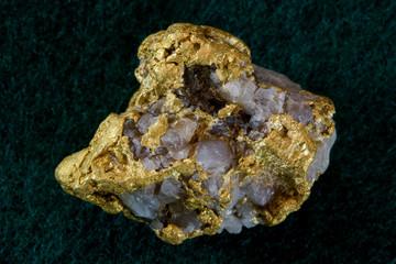 Nevada USA Gold / Quartz Nugget